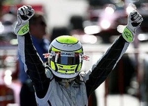 Button celebra un nuevo triunfo